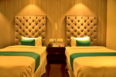 Hotel Deccan Serai Hitech city