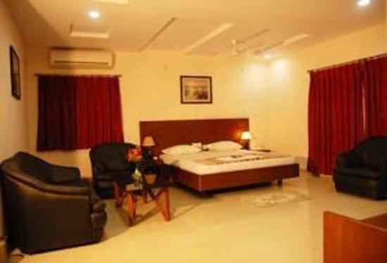 Garden View Inn Kondapur