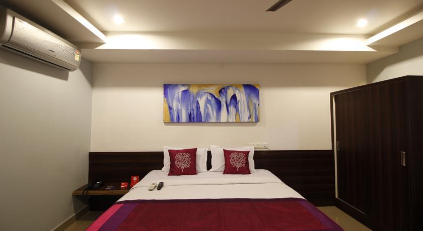 Nova Pride Hotel Vanasthalipuram